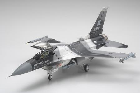 1/48 F-16C/N AGGRESSOR / ADVERSARY - RC Eksperten