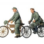 GERMAN SOLDIER WITH BICYCLES SET 1/35 - RC Eksperten